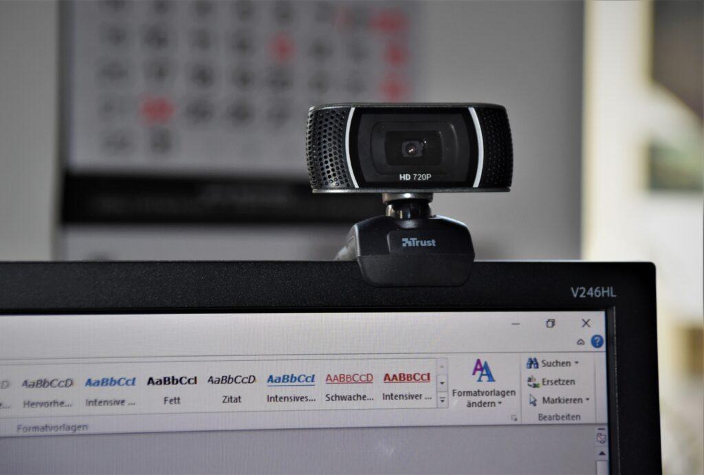 WBカメラ